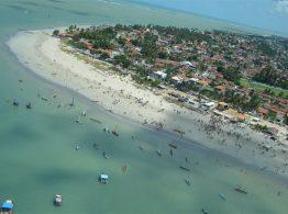 Banhistas podem aproveitar 50 praias do litoral paraibano neste fim de semana