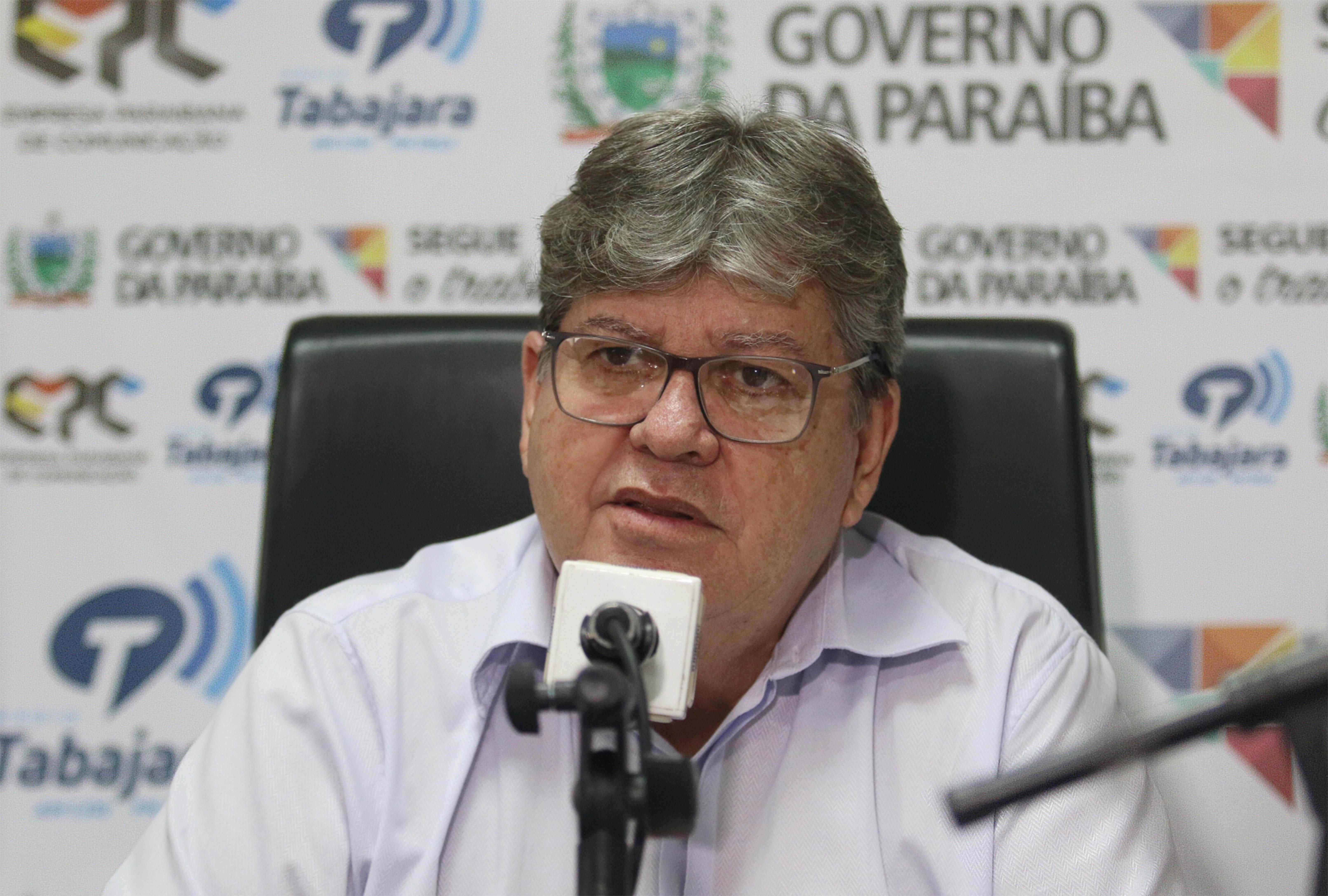 joao azevedo no programa fala governador_foto francisco franca (1)